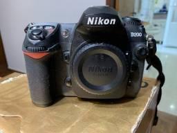 Título do anúncio: Câmera Nikon D200 - Trocas