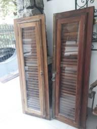Janela de madeira antiga