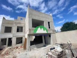 Título do anúncio: Sobrado com 3 dormitórios à venda, 160 m² por R$ 690.000,00 - Lindóia - Curitiba/PR