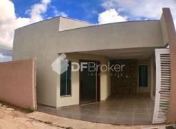 Casa 2 quartos, 1 suíte, churrasqueira em Vicente Pires, rua 7