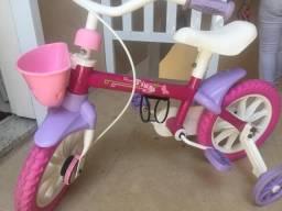 Vendo bike infantil novinha