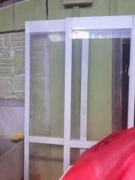 Desapego porta de corrrer de aluminio e vidro