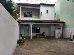 Casa 3 quartos em Jardim Camburi