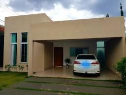 Vendo linda casa em Arniqueiras