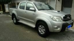 Hilux(automática ) 3.0 SRV turbo diesel int. (2011) - 2011