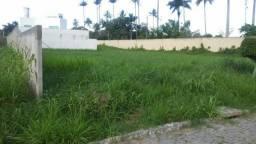 Terreno amplo em Condomínio Alto Padrão