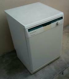 Lava louças LL12B Electrolux 220 V