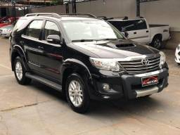 Toyota hilux sw4 3.0 srv 4x4 7 lugares - 2013