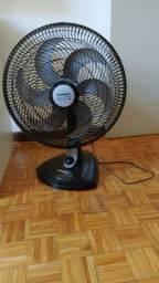 Ventilador Mondial preto seminovo 2 meses de uso