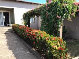 Vendo Linda Casa no Bairro Santa Helena, 4 Quartos.