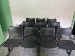 Vendo Cadeira escritorio tripla e quadrupla