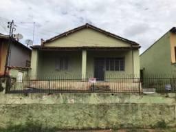 Casa à venda com 2 dormitórios em Centro, Descalvado cod:LIV-8518