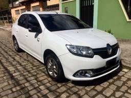 Renault Logan Exclusive 1.6 Novissimo