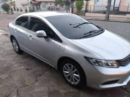 Civic LXL Automático + Couro