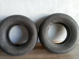 Vendo 02 pneus Bridgestone 267/70/16