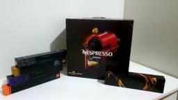 Cafeteira Nespresso - c/ Kit Boas Vindas 50 Cápsulas