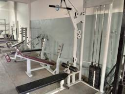 Aparelhos Academia Musculação