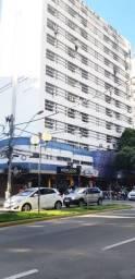 Sala com Garagem no Edifício Maria Júlia, Rua Marechal Floriano - Centro - Gov. Valadares!