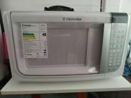Microondas Eletrolux 31L