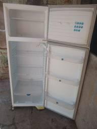 Geladeira Dako Duplex Gelo seco