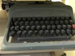 Máquina de escrever relíquia