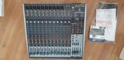 Mesa de som BEHRINGER XENYX X2442USB