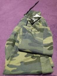 Calça moda camuflada