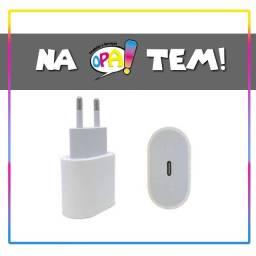 Título do anúncio: Fonte Iphone12  18w Entrada Tipo C Saída Lightning