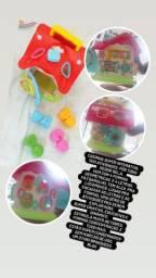 Brinquedos com som e luz