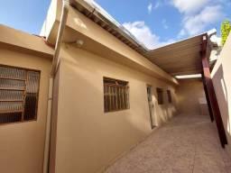 Título do anúncio: Excelente barracão reformado com 02 quartos