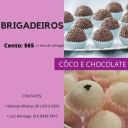 Brigadeiros de côco e chocolate