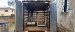 Caminhão elfa 2011