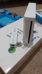 Nintendo Wii + 2 Controles + Wii Motion Plus + Jogos + Acessórios Essenciais