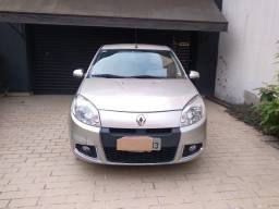 Título do anúncio: Renault sandeiro privilege 1.6 automático 2012
