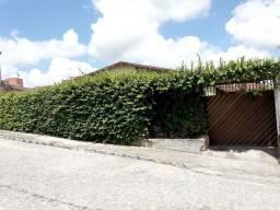 Casa 3 quartos (1 suíte) no Bairro Cidade Alta, Caruaru