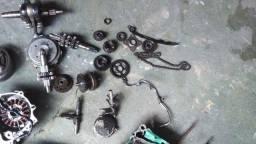 Vendo peças da Twister parte de baixo do motor