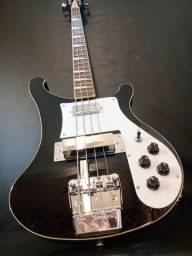 Título do anúncio: Pintura de instrumentos, reforma, customização de guitarra, baixo, microfone etc ..