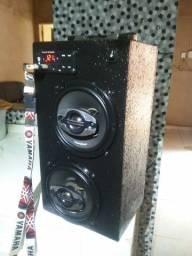 *caixa Bluetooth ..forte!!!