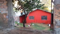 Casa quitada no jardim Columbia aceita veiculo no negócio