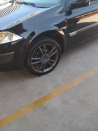 Roda 18 megane pneu meia vida troco por original