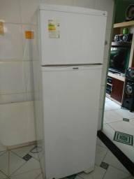 Refrigerador Dako Redk37