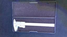 Paquímetro Profield 150 mm 0,05 mm -1/128 mm c/gatilho de travamento.