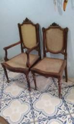 Cadeiras de Madeira de Jacarandá