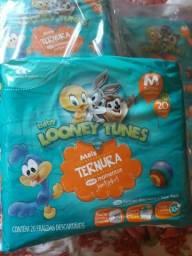 Fraldas looney tunes 7 pacotes M