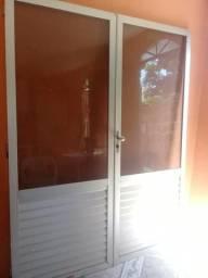 Porta de alumínio de abrir e fechar grande