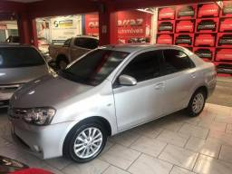 Etios sedan xls - 2014