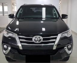 Hilux SW4 2.7 7 lugares - 2017