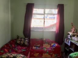 Vendo Apt (com armários embutidos e terraço