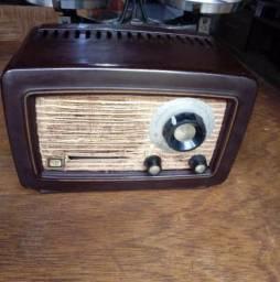 Pequeno Rádio SEMP