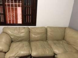 Sofá de couro 6 lugares